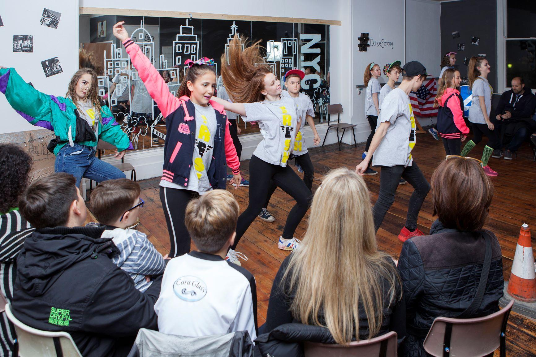 fashion dance show